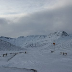Iceland hedinsfjordur self drive winter