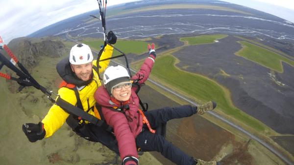 Paragliding Vík