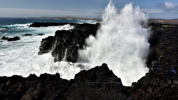 sea cliffs reykjanes